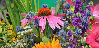 Specyfika sprzedaży sztucznych kwiatów