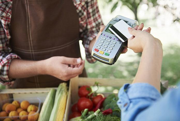 Kto może otrzymać darmowy terminal płatniczy bez abonamentu?