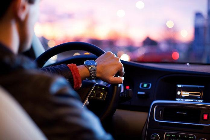 Prowadzisz ciężarówkę? Jak WEBFLEET zwiększy Twoje bezpieczeństwo