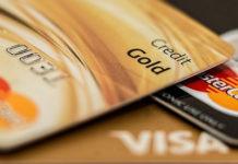 Pozabankowe karty kredytowe - nowy trend na rynku finansów?