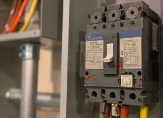 Jak wybrać hurtownię elektryczną na potrzeby nowej firmy